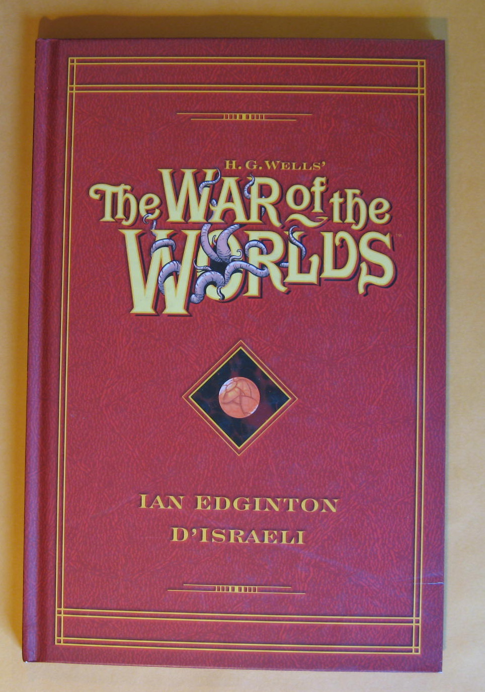 H. G. Wells' the War of the Worlds, Edginton, Ian