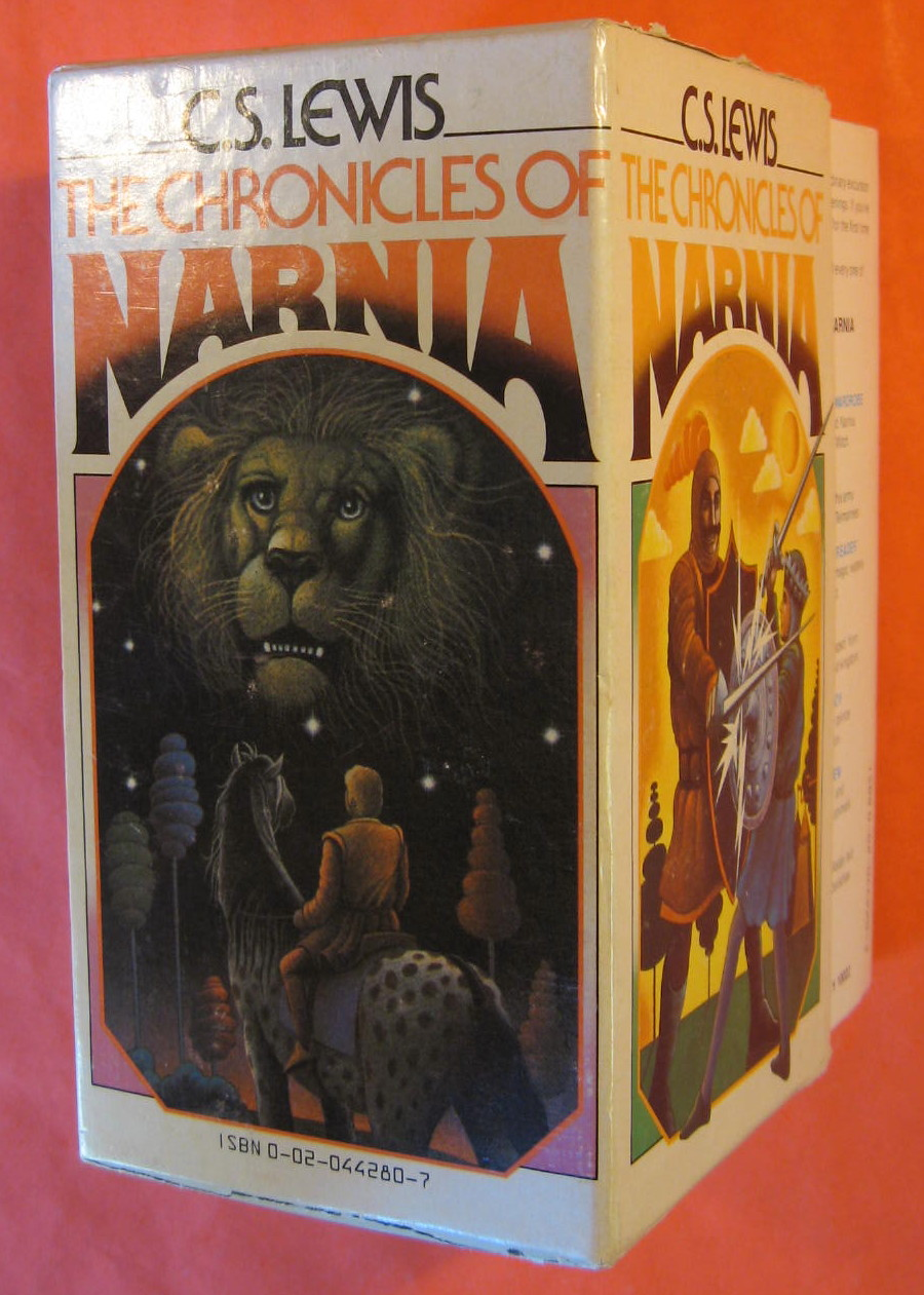 "The Complete Chronicles of Narnia : The Lion, The Witch and the Wardrobe, Prince Caspian, The Voyage of the ""Dawn Treader"", The Silver Chair, The Horse and His Boy, The Magicians Nephew, The Last Battle, Lewis, C. S."