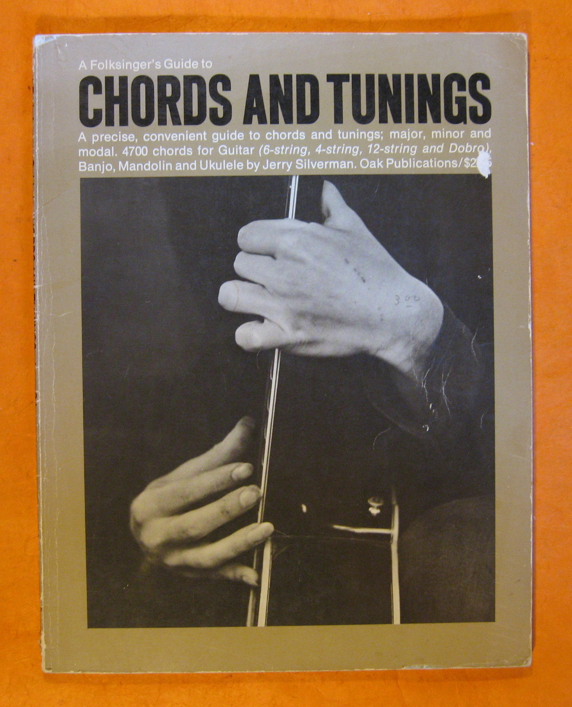 A Folksinger's Guide to Chords and Tuning, Silverman, Jerry