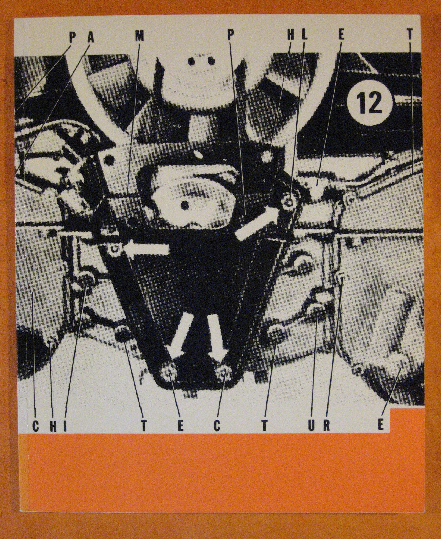 Building Machines  (Pamphlet Architecture No.. 12), Robert   ed. McCarter