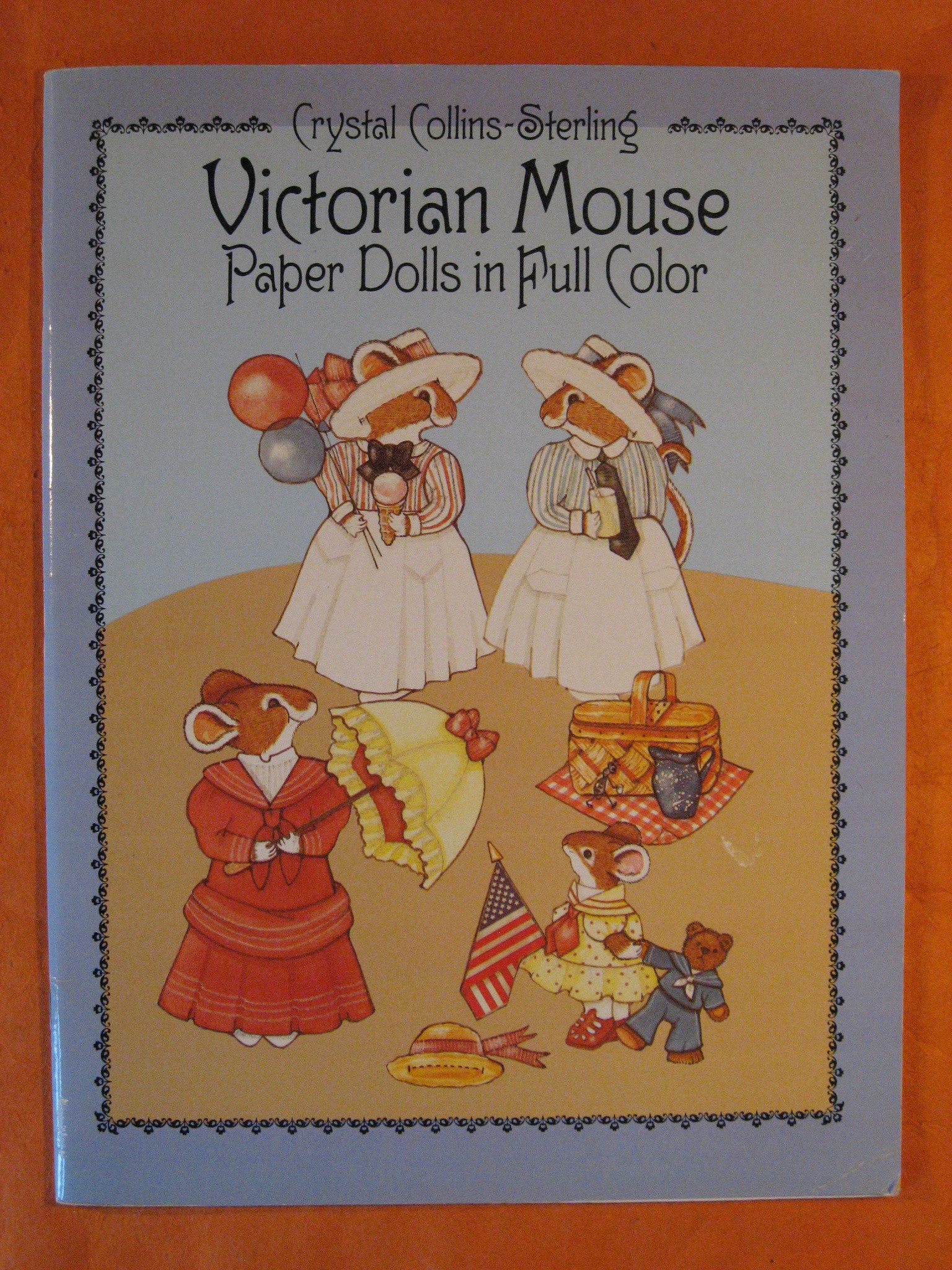 Victorian Mouse Paper Dolls in Full Color, Collins-Sterling, Crystal