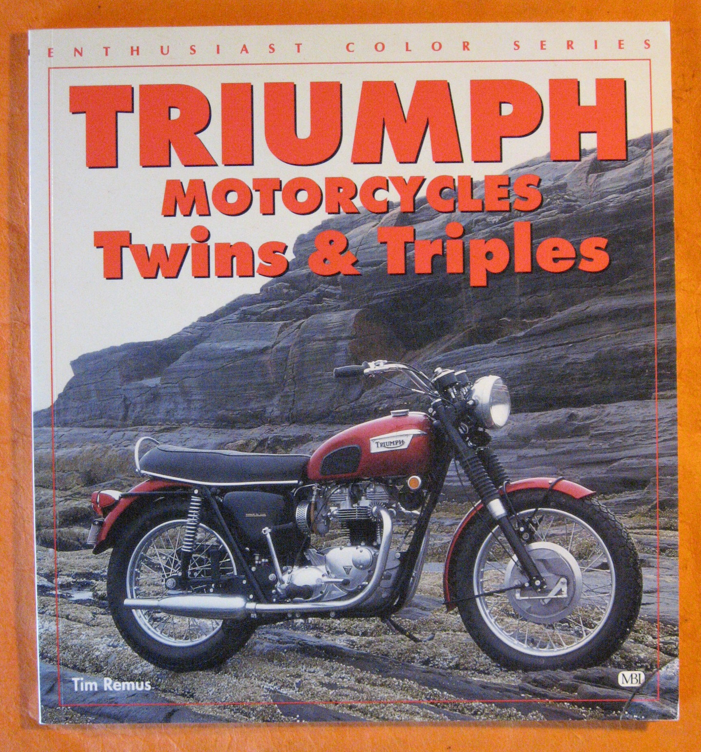 Image for Triumph Motorcycles Twins & Triples (Enthusiast Color)